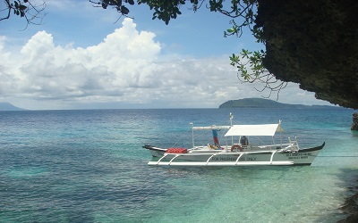 Resort's dive boat